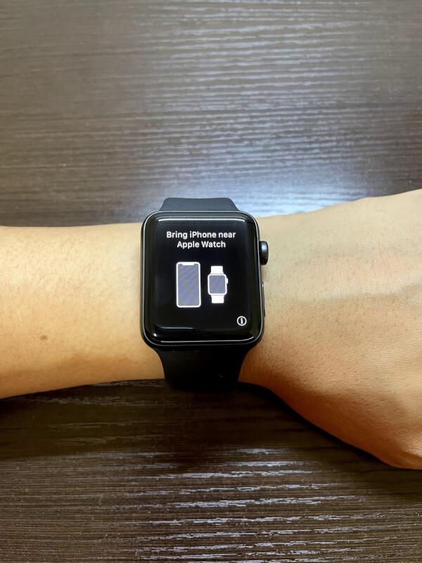 Apple Watchを起動する
